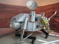 A 1:1 model of the Viking Landers, at the California Science Center.